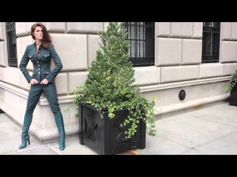 Hilary Rhoda Shooting Inside Editorial for Vogue Mexico October 2012