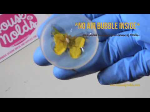 -HOW TO MAKE BUBBLE FREE RESIN -PRESSED FLOWER ON RESIN BUTTERFLY PENDANT--