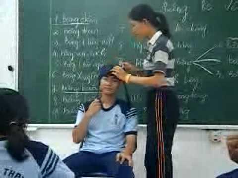 clip băng bó vết thương - THPT Phú Nhuận 10c3 (2009-2010)