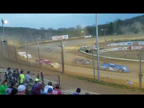 Lucas Oil Late Model heat race from Atomic Speedway on 4/20/17
