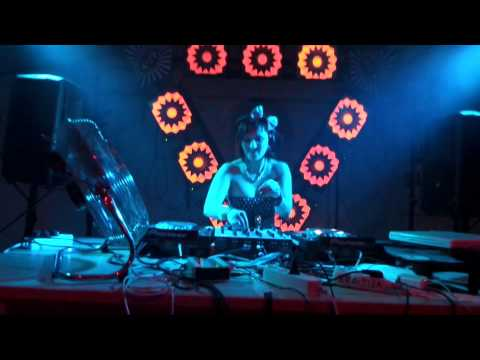 Mini da minx (UK) Live on Summer session muzic festival  2015 Czech republic