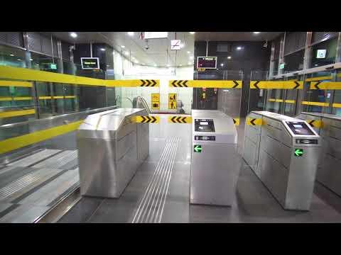 Poland, Warsaw, Rondo Daszyńskiego metro station, 3X elevator, 3X escalator