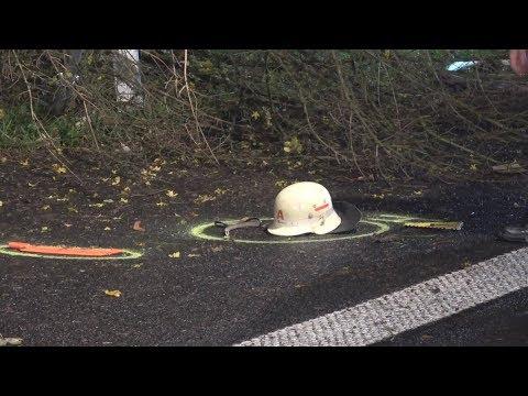PKW rast in Unfallstelle - Feuerwehrmann erfasst - schwerverletzt auf A3 Höhe Lohmar am 19.11.17