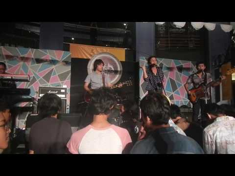 Indische Party - Khilaf (LIVE)