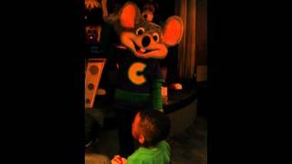 Chuck E Cheese Does The Nae Nae