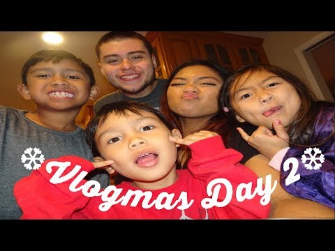 Savers, Kids, & Cookies | Vlogmas Day 2