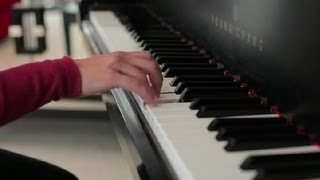 How to Finger Fast Runs on a Piano : Piano Lessons