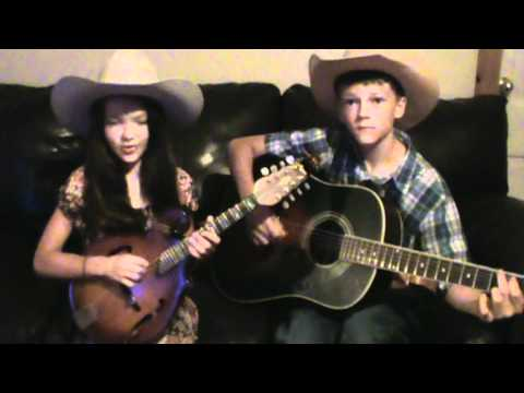 10 year old singer (San Antonio Stroll)