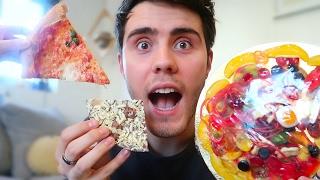 PIZZA VS GUMMY PIZZA VS CHOCOLATE PIZZA