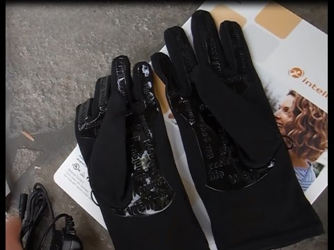 Intellinetix Vibrating Arthritis Gloves by Brownmed