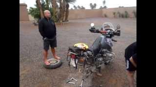 iGS4Adventure - Service Day - Reapir Axial Transfer BMW R1150GS ( Oprava ložiska R1150GS v Maroku )