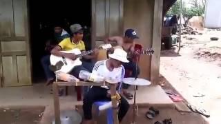 Ban nhạc Acoustic Tây Nguyên hay nhất mọi thời đại
