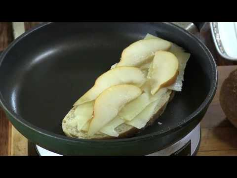Video recipe of the week: Grilled Cheese and Pear Sandwich #pcfood