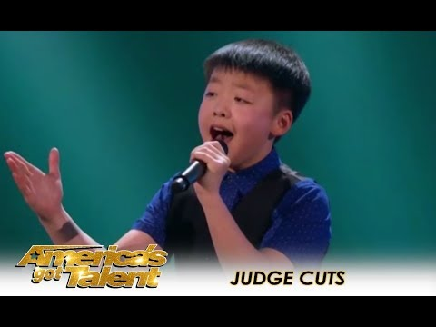 Jeffrey Li: Young and Shy Canadian Boy With SHOCKING Voice! | America's Got Talent 2018