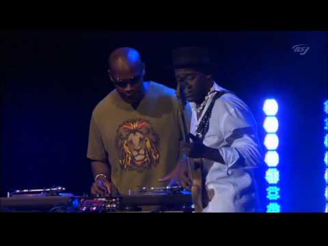 "Marcus Miller - ""What is Hip"" with DJ Logic [HD] - Montreux 2008 Live"
