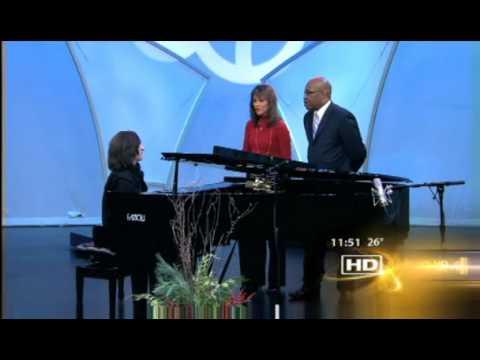 "Hershey Felder - ""George Gershwin Alone"" - ABC7 Chicago"