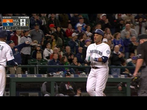 MIA@SEA: Cano opens scoring with a two-run shot