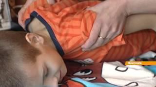 8-летняя девочка продает картины, чтобы прокормить маму-инвалида и брата с ДЦП