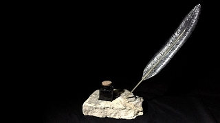 Stone Quill Holder