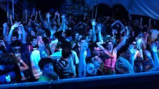 Norin & Rad playing Mat Zo ft L  Schossow   The Sky @ Anjunabeats Argentina Tour 2012   Rosario
