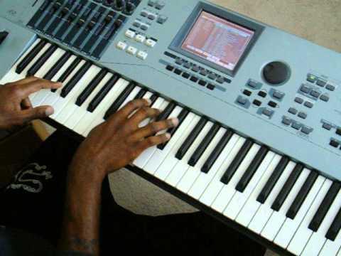 Trading My Sorrows (piano Tutorial)