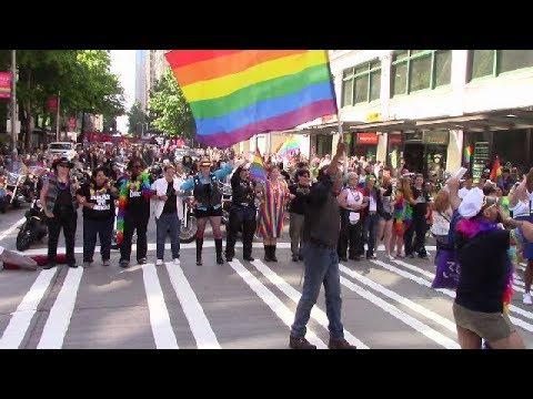 Seattle gay pride b2018