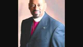 Stay Close - Bishop Paul S. Morton, Sr. and the Full Baptist Fellowship Mass Choir