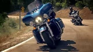 Discover more mit den neuen Harley-Davidson Tourern 2017