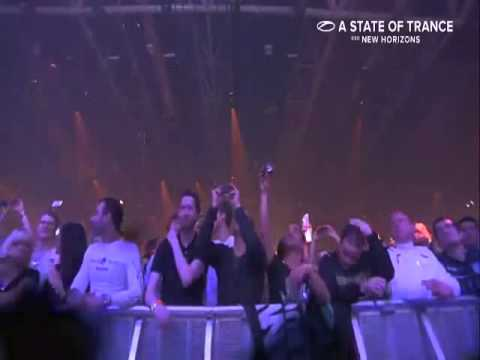 A State of Trance 650 live from Utrecht (Dash Berlin)