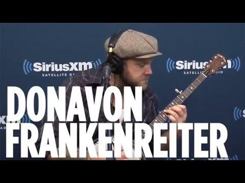 "Donavon Frankenreiter ""Shine"" // SiriusXM // The Coffeehouse"