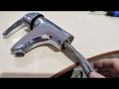 Как выкрутить шланг из смесителя