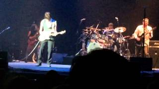 More Jeff Beck & Band w/Rhonda Smith;Bass, Jimmy Hall;Vocals, John Joseph;Drums, Nick Meier;Guitar