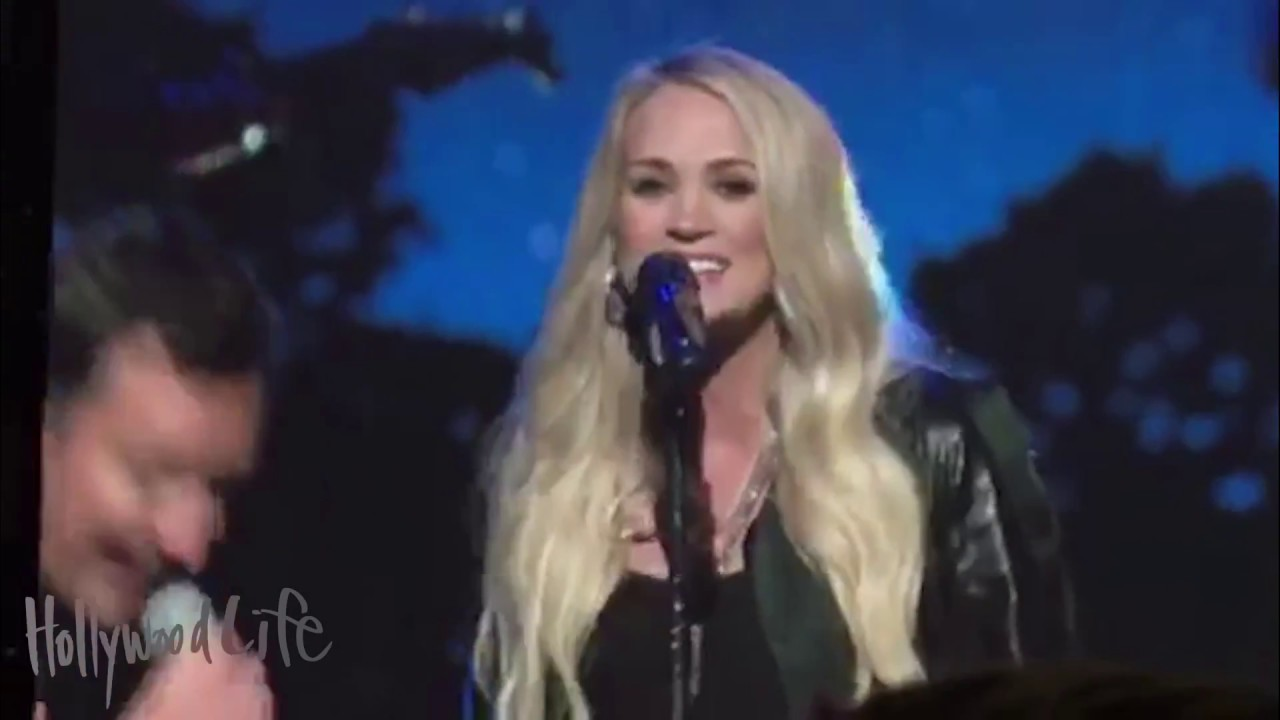 Carrie Underwood hangs out with Post Malone at his concert and ...