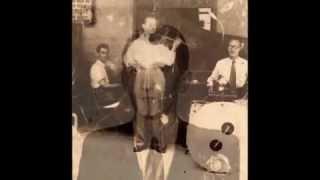 1. Wittek Jozsef-Terj vissza gyoztessen 1941 - enekli Kelly Anna
