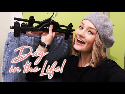 A DAY IN THE LIFE OF A BLOGGER  Laura Bradshaw