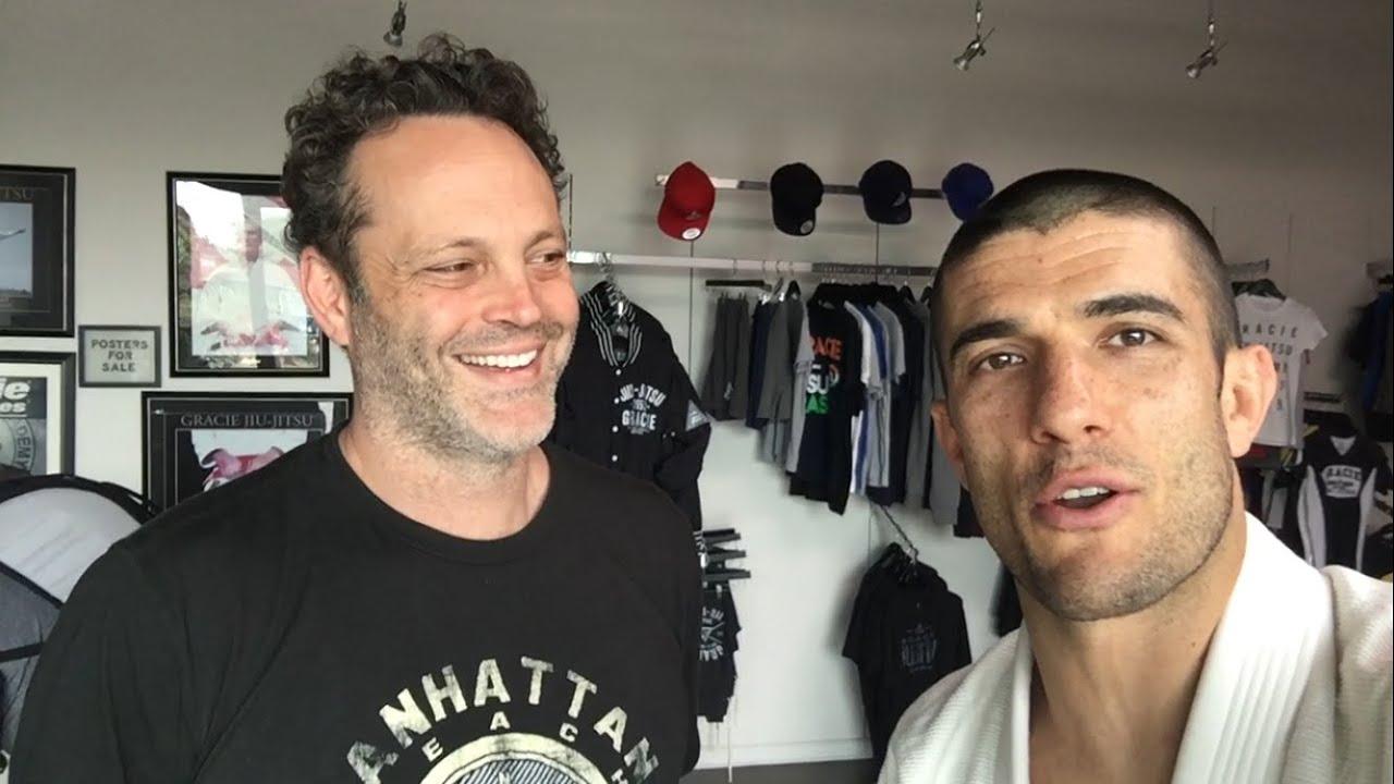 vince vaughn earns his white belt in gracie jiu jitsu