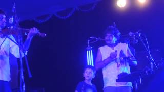 Joler Gaan Live @Aftabnagar - Ektu Boshiya Thako