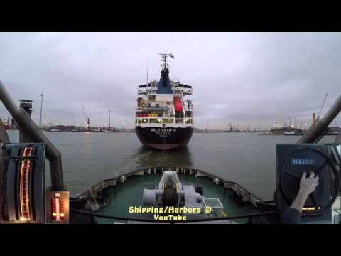 Tugboat Dual Camera #1 - Voith Schneider Controls - YouTube