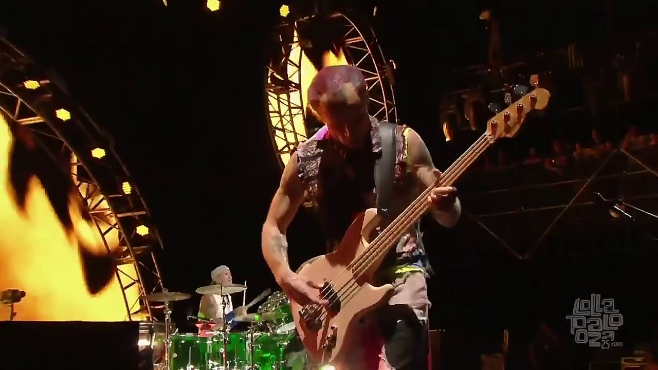 red hot chili peppers lollapalooza chicago 2016 youtube. Black Bedroom Furniture Sets. Home Design Ideas