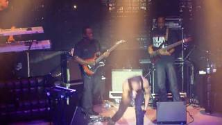 Ryan Leslie - How It Was Supposed To Be (Live in Amsterdam 17-2-10) HQ