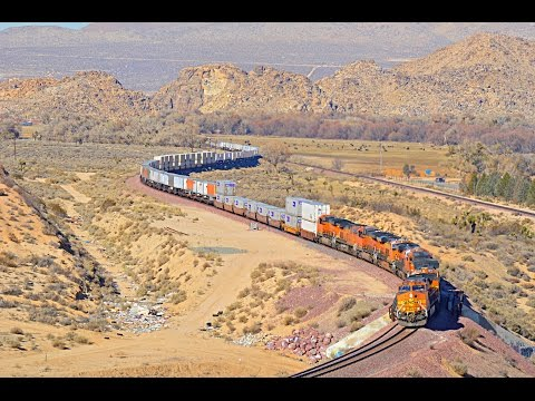 BNSF and Union Pacific on the Cajon Pass