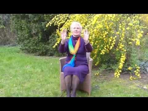 Tanzlieschen- Sitztanz mit Musik von den Maori b- Seniorentanz