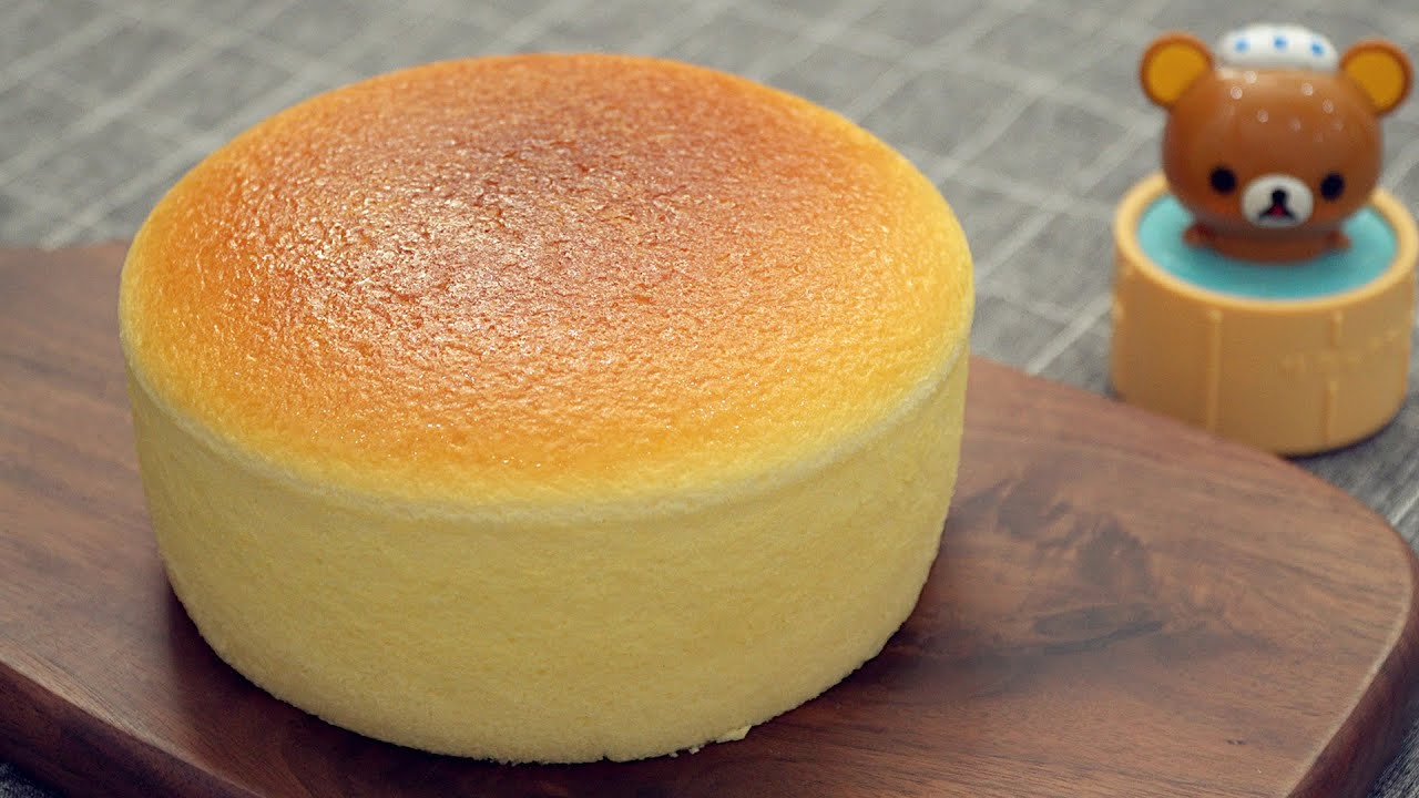 Japanese Souffle Cheesecake [Super Fluffy & Jiggly]