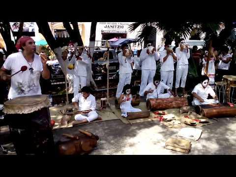 Niños Percusionistas del Chak Xulub Chen