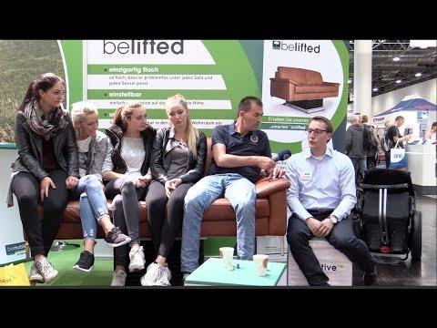 test rollstuhl sofa couch lift belastung youtube. Black Bedroom Furniture Sets. Home Design Ideas