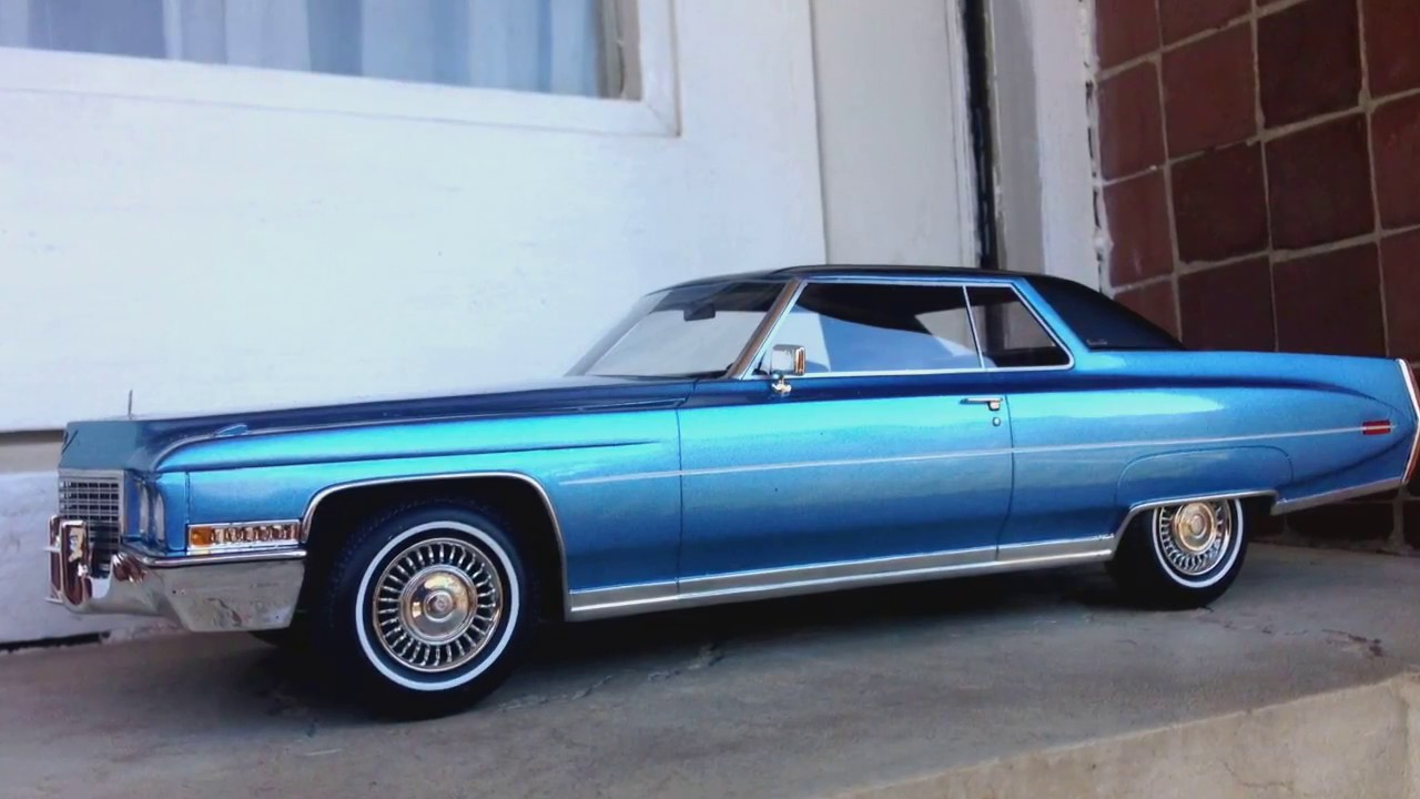 1:18 BoS Models 1972 Cadillac Coupe DeVille - YouTube