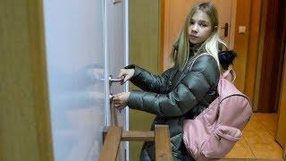 Маргарита ПРОБРАЛАСЬ В ШКОЛУ ЙОГИ для детей for KIDS children