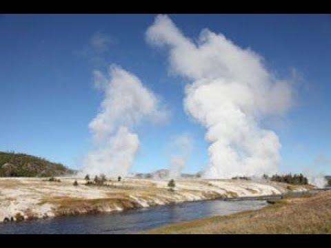 Yellowstone WARNING!  'We Are Due' Expert Warns as GROUND BULGING around Supervolcano!