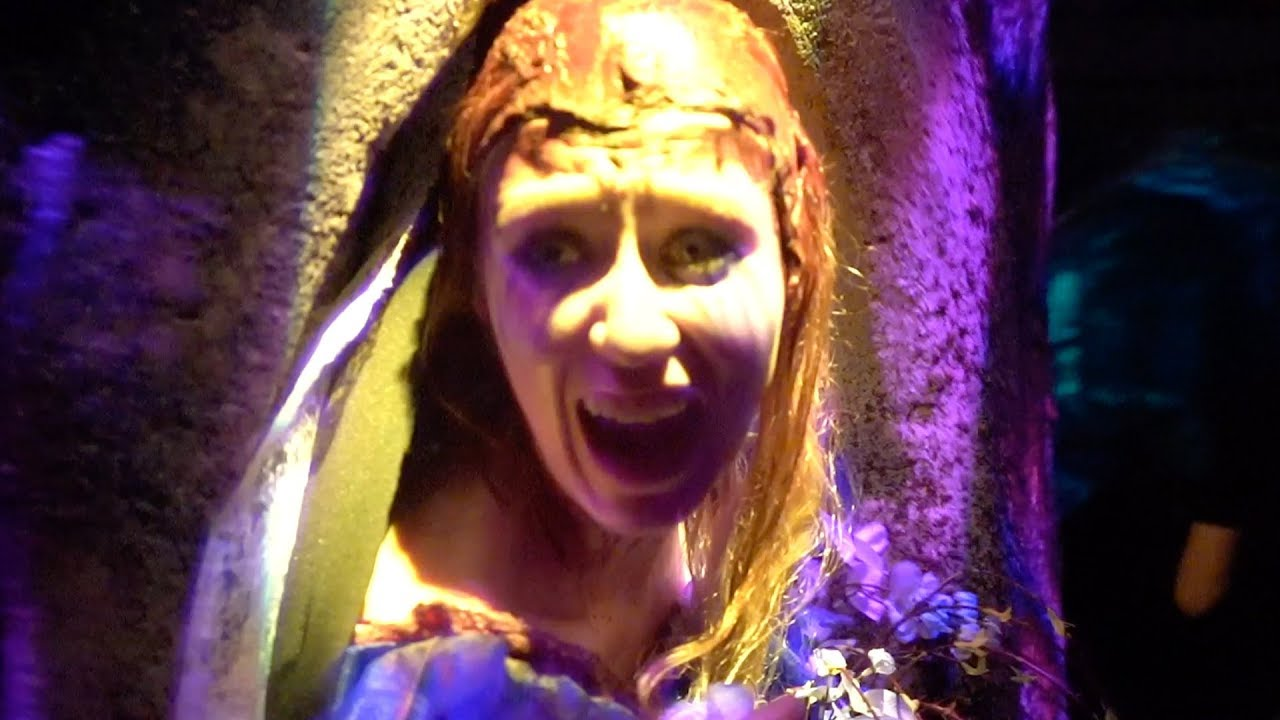 scary tales deadly ever after maze at halloween horror nights 2018 universal studios orlando