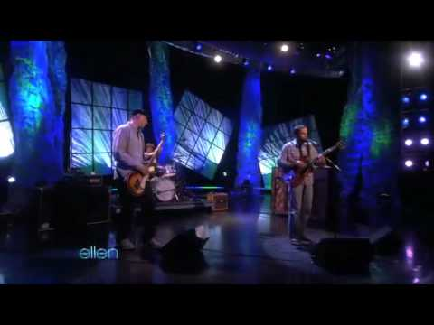 Jack Johnson-You and Your Heart-live@The Ellen DeGeneres Show(05/25/10)